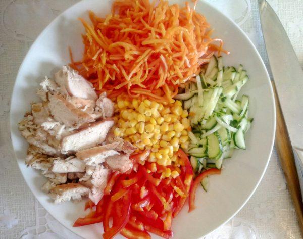 Салат с куриной грудкой и корейской морковью рецепт с фото пошагово