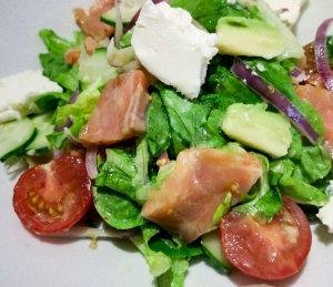 Салат из сёмги с авокадо рецепт
