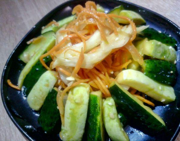 Салат из свежих кабачков с огурцами рецепт