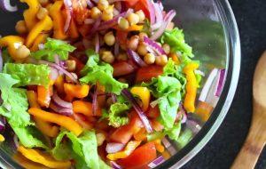 Яркий салат с нутом рецепт
