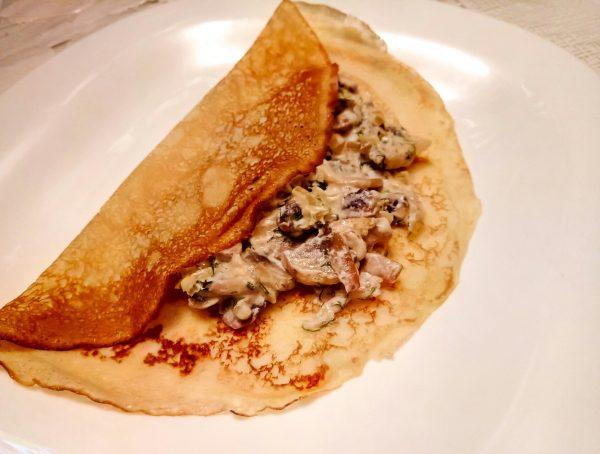 блинчики с грибами в сметано чесночном соусе рецепт