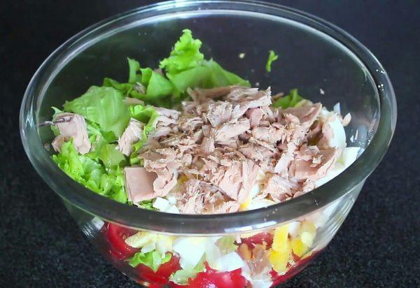 Салат с тунцом и авокадо рецепт пп