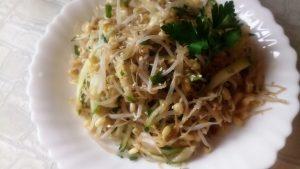 Салат из ростков с огурцами рецепт