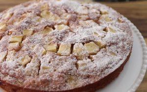 Вкусный сладкий пирог с яблоками и корицей рецепт