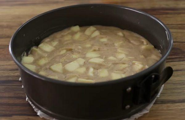 Вкусный яблочный пирог с корицей рецепт с фото