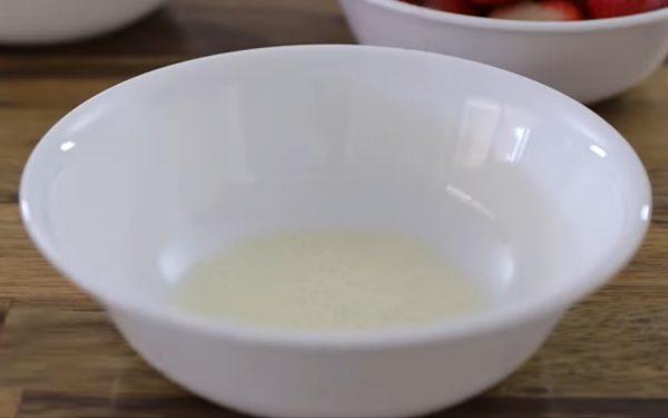 Лёгкий и простой рецепт Клубничного чизкейка без выпечки