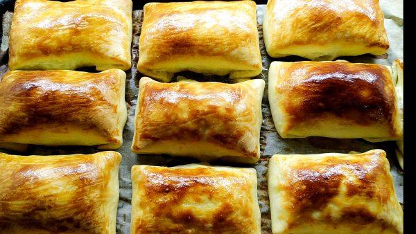 Готовые самсы с картофельной начинкой по-узбекски в духовке