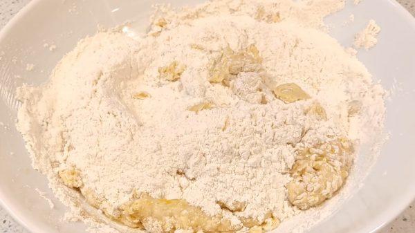 Плюшка Московская с сахаром рецепт с фото